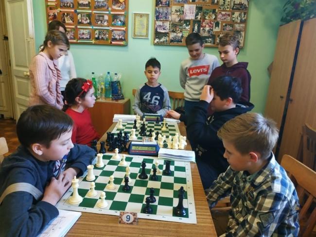 Подростковые шахматные баталии