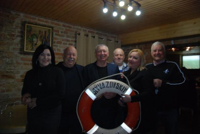 Вечер экипажа «Айвазовского» под музыку «Джазпрома»