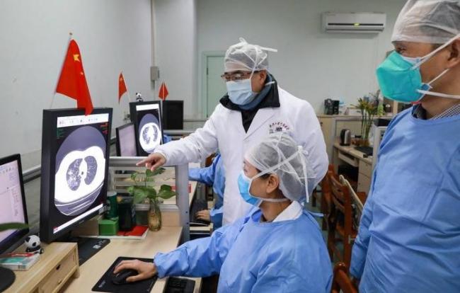 В Китае создали белок, который защищает клетки человека от нового коронавируса