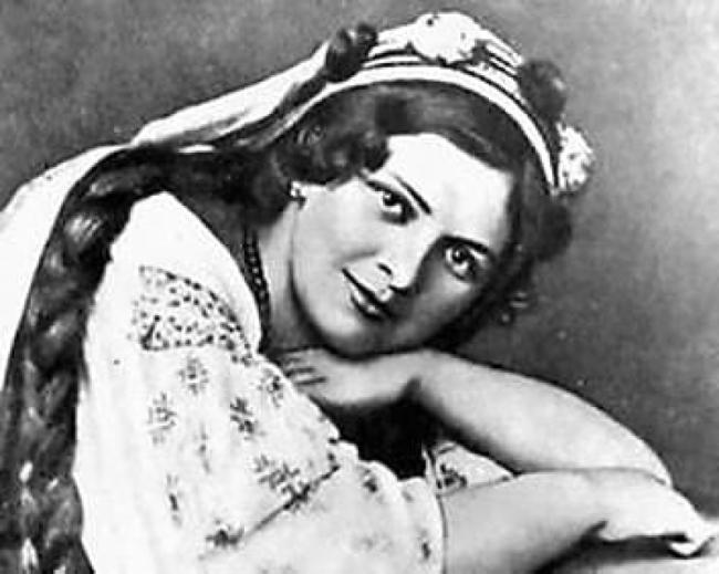 Оксана Петрусенко. Украинский соловей