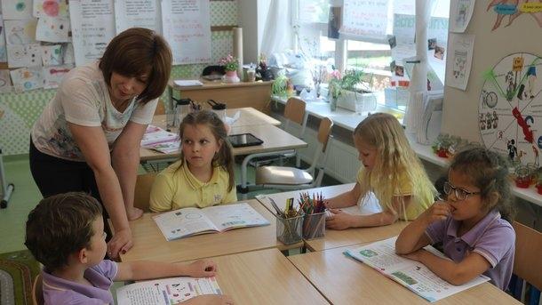 Почти половина украинских учителей не любят свою работу