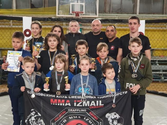 Измаильские бойцы ММА привезли в родной город 20 медалей сразу с двух престижных чемпионатов!
