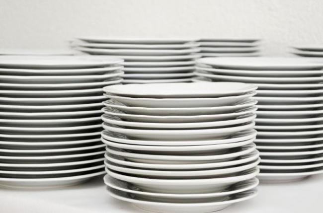 Специалисты назвали вызывающую рак посуду