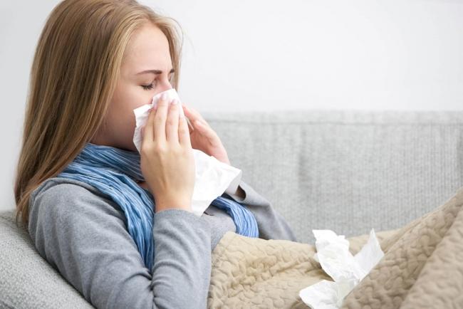 Заболевших гриппом и ОРВИ становится меньше
