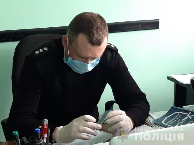 Поліцейські склали два адмінпротоколи на ізмаїльчанина, який із кулаками накинувся на пенсіонера