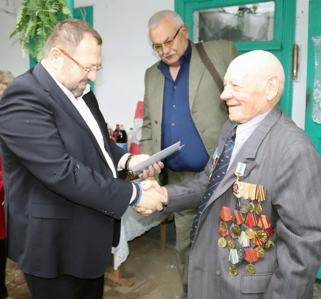 Портовики привітали ветеранів