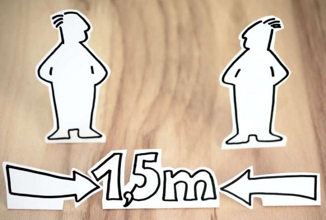 Ученые объяснили, почему людям сложно соблюдать социальную дистанцию