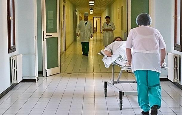 В Украине расширили число медучреждений для приема больных COVID