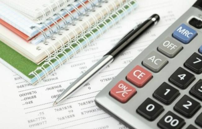 Зеленский подписал закон об отмене ЕСВ