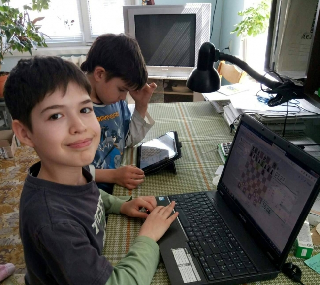 Встречаем лето с юными шахматистами всей Украины!