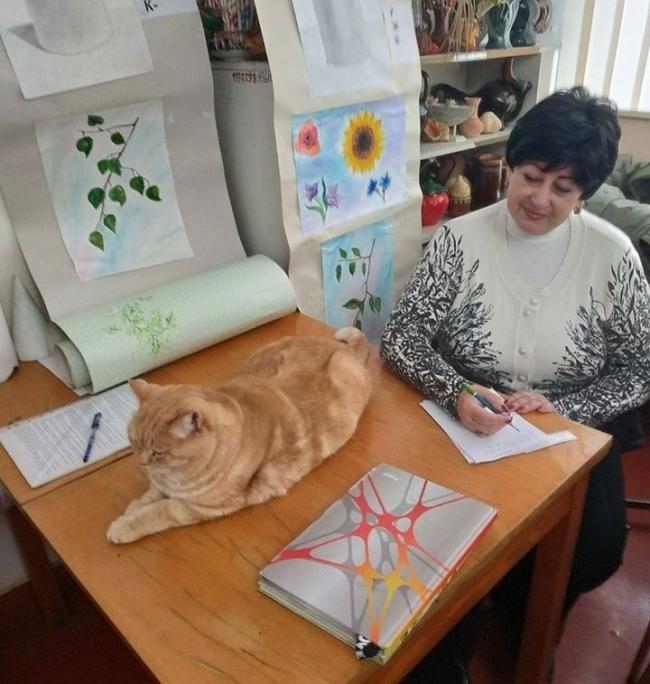 Евгения Иванова: художественная школа - её любовь, семья и вера!