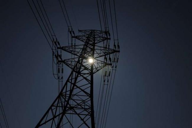 Нацкомиссия предлагает с августа повысить тарифы на передачу электроэнергии в четыре раза