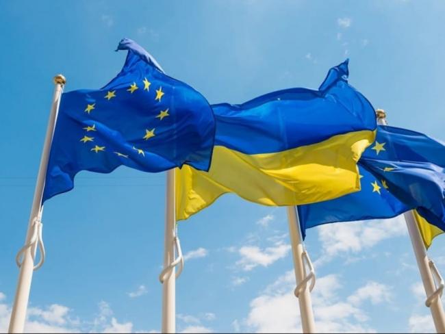 «Приглашение на работу»: Эксперт объяснил, почему Евросоюз открывает границы для украинцев