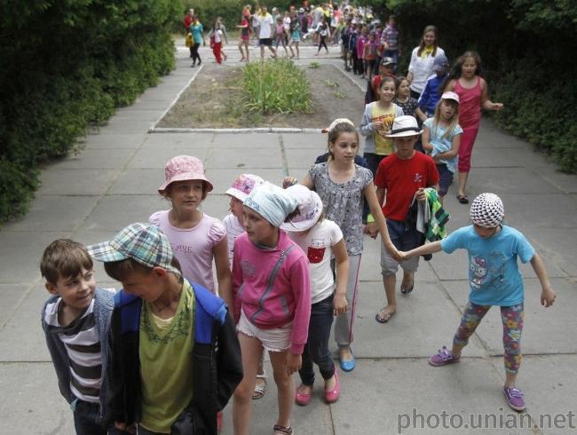 Украинские детские лагеря не будут открывать до конца июля - Степанов