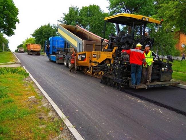В двух районах Одесщины за 59 миллионов отремонтируют дороги между селами