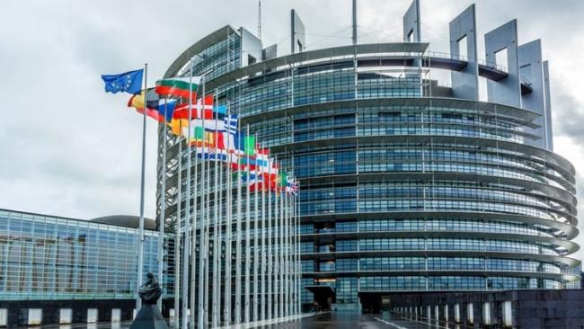 Тревожный звоночек: Европарламент заявил о политических преследованиях в Украине