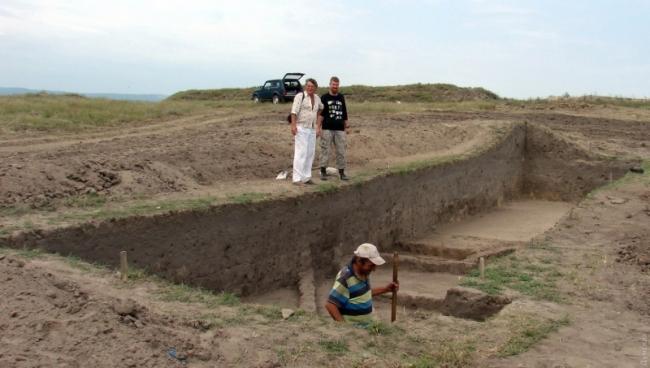 Археологи в Ренийском районе обнаружили уникальную статуэтку античного божества