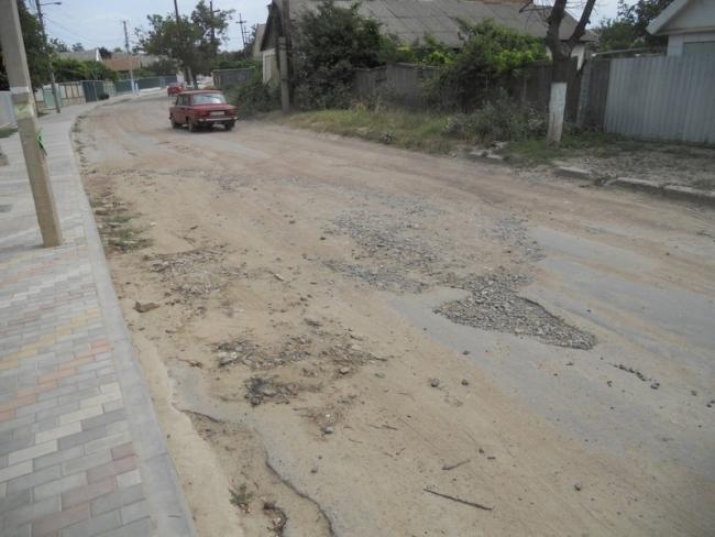Ренийский горсовет выделил средства на софинансирование капитального ремонта старой объездной дороги, пожертвовав другими проектами