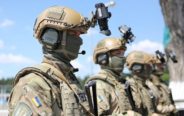 Военным изменили правила ношения формы и знаков различия