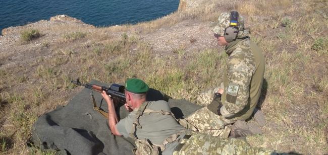 Прикордонна комендатура швидкого реагування Ізмаїльського загону провела стрільби на острові Зміїний