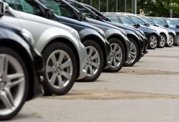 Украинцы с начала года сократили покупку новых легковых авто на 4%