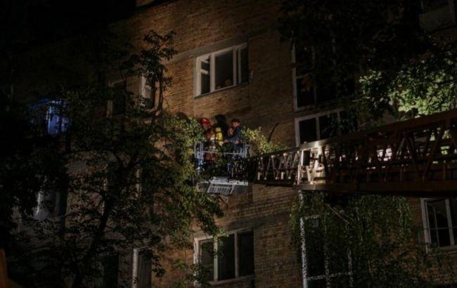 В Киеве из-за пожара в многоэтажке эвакуировали 33 человека