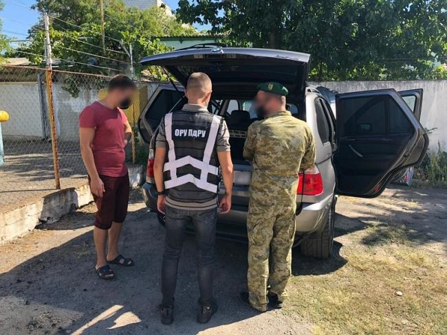В Измаиле задержали внедорожник, который нарушил государственную границу