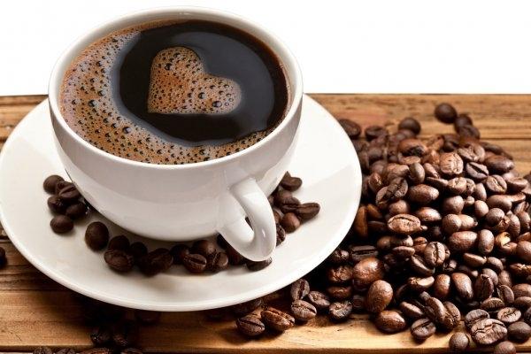 Ученые доказали, что обычный кофе полезнее органического