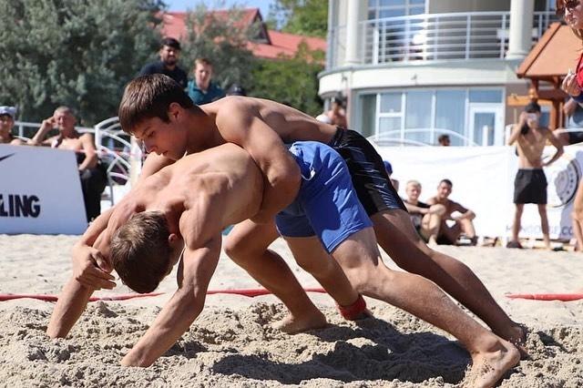 Измаильчане на Первом чемпионате Украины по пляжной борьбе