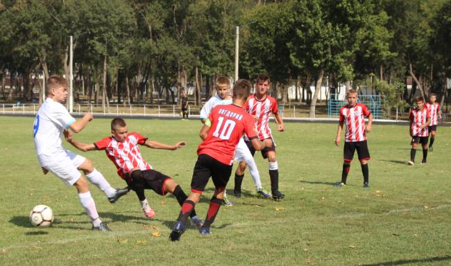 День футбольных противостояний на Центральном городском стадионе