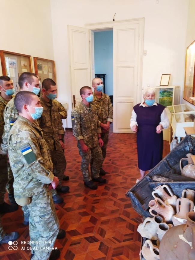 Назад в прошлое: пограничники Измаильского отряда посетили историко-краеведческий музей Придунавья