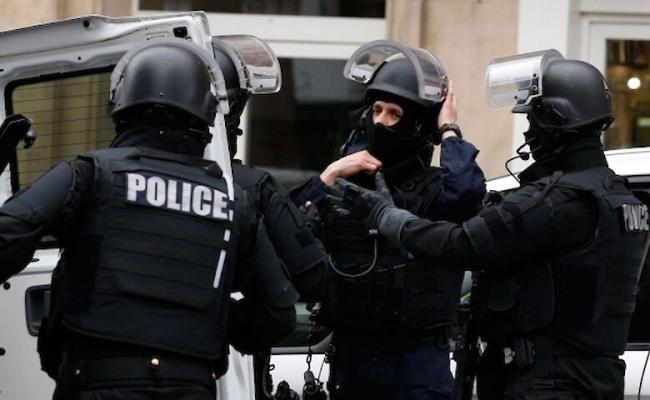 Хирург-педофил во Франции под анестезией изнасиловал 343 человека