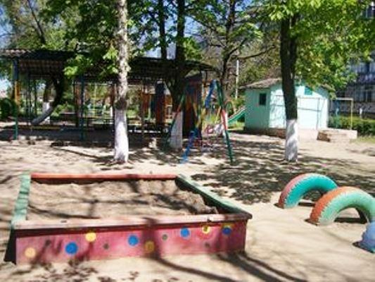Безопасность детей превыше всего: в детских садах Измаила осовременят игровые площадки