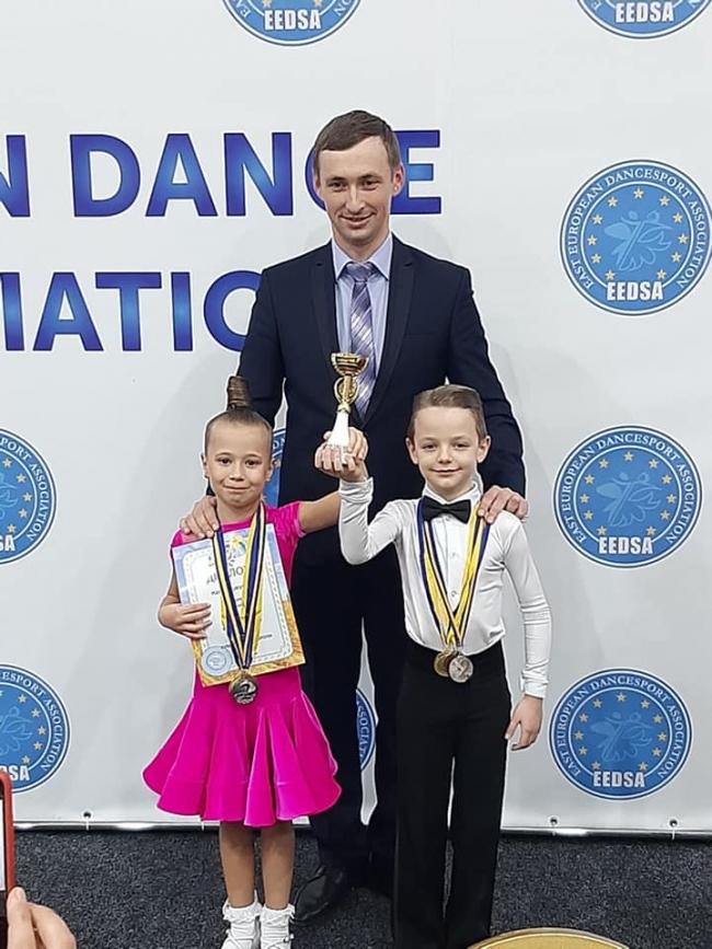 Измаильские «бальники» продолжают покорять танцполы Одессы