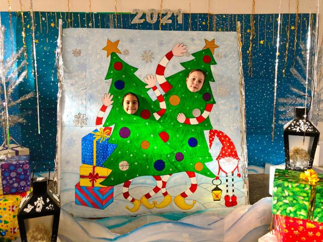 Новогодне-рождественская фотозона в Детской библиотеке