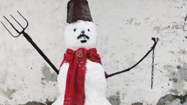 "В Гомеле на мужчину составили протокол за ""снеговика-забастовщика"""