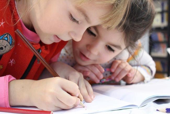 Минздрав против возвращения учеников в школы до конца локдауна