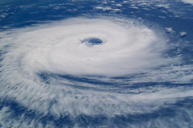 В Австралии ураган оставил без света 40 тысяч домов