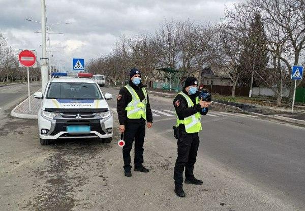 На улицах Измаила патрульные начали контролировать скорость с помощью приборов TruCAM