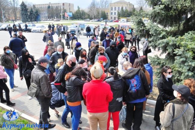 В Измаиле митинговали против ромской преступности