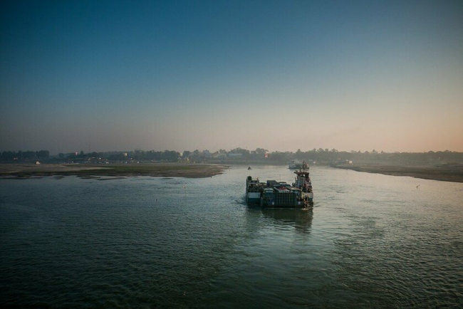 В Бангладеш затонул паром с пассажирами