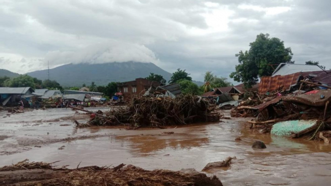 В Индонезии из-за тропического циклона погибли 55 человек