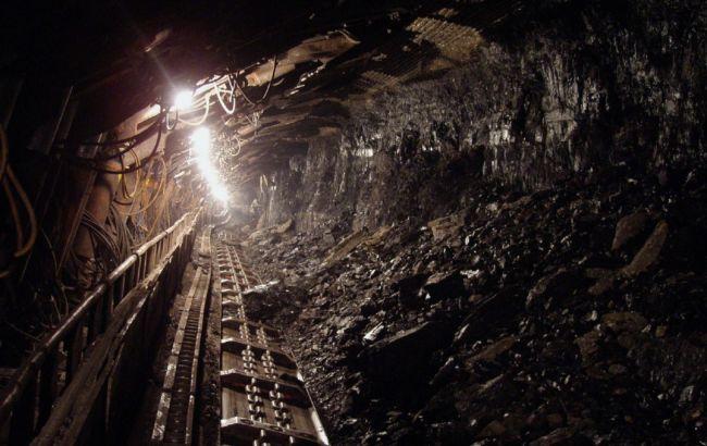 В Китае более 20 человек застряли в угольной шахте из-за аварии