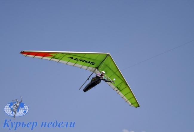Ренийский дельтапланерист открыл сезон полётов в Придунавье (фото, видео)