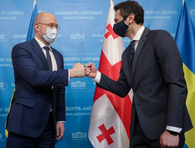 Украина укрепляет сотрудничество с Грузией