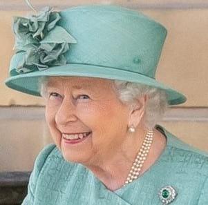 Королева Великобритании пожаловала рыцарский титул разработчикам вакцины AstraZeneca