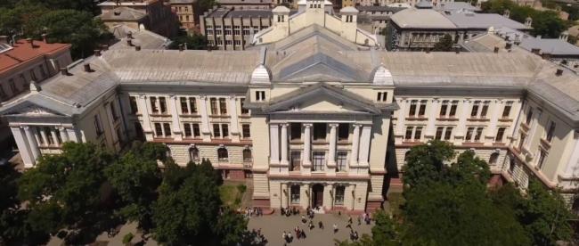 Одесский медуниверситет: гривневыжималка для украинцев и перевалочный пункт для иностранцев