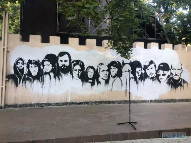 Стена рок-н-ролла появилась в Одессе